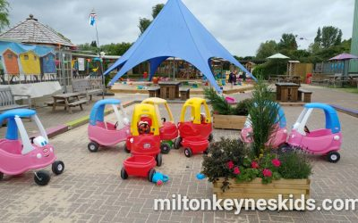 Free beach / sandpit at Frosts Garden Centre, Willington, Bedfordshire