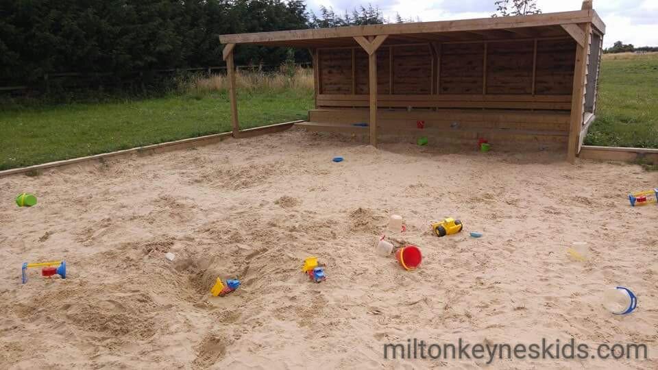outdoor sandpit