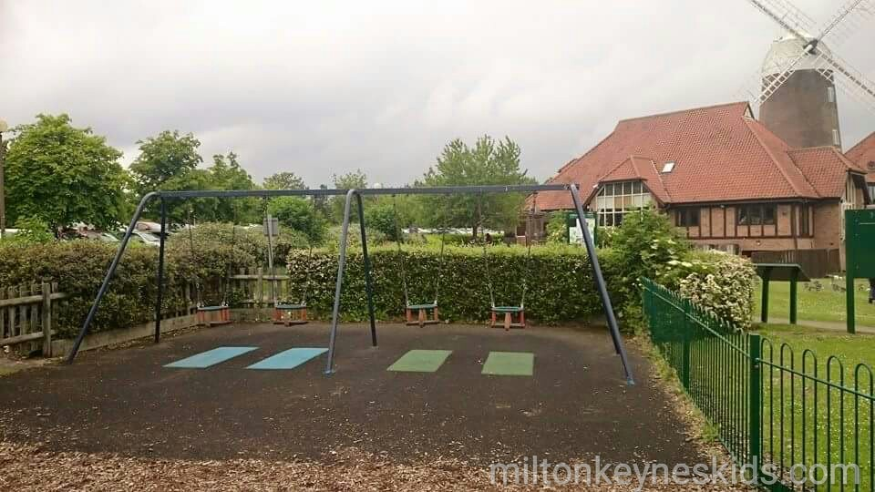 Caldecotte play area