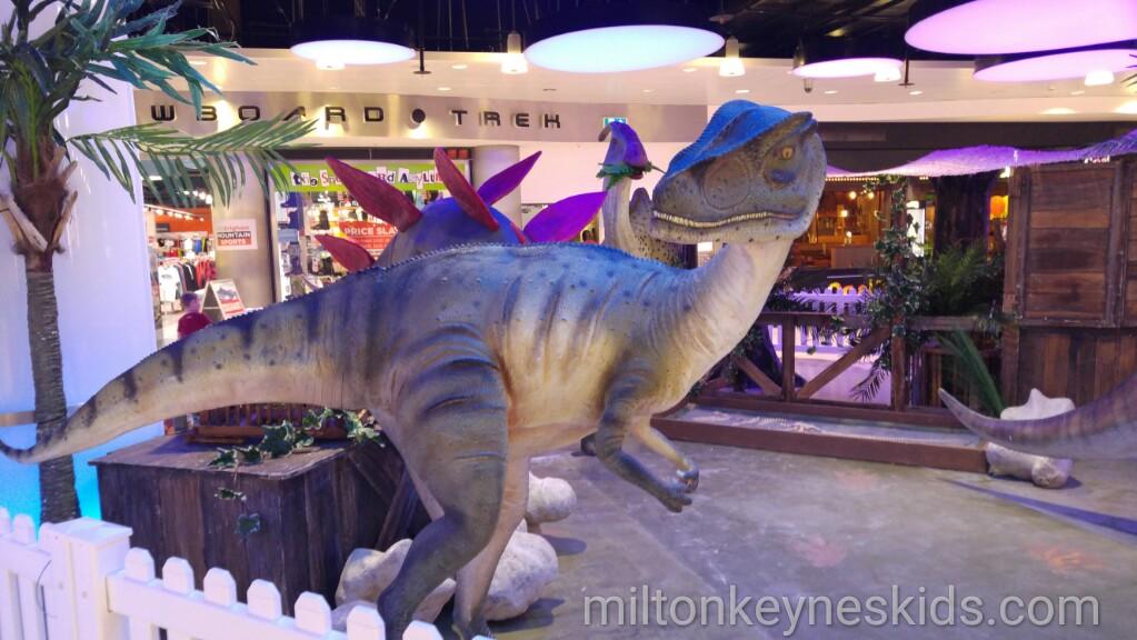 Free Dinosaur shows at Xscape Milton Keynes