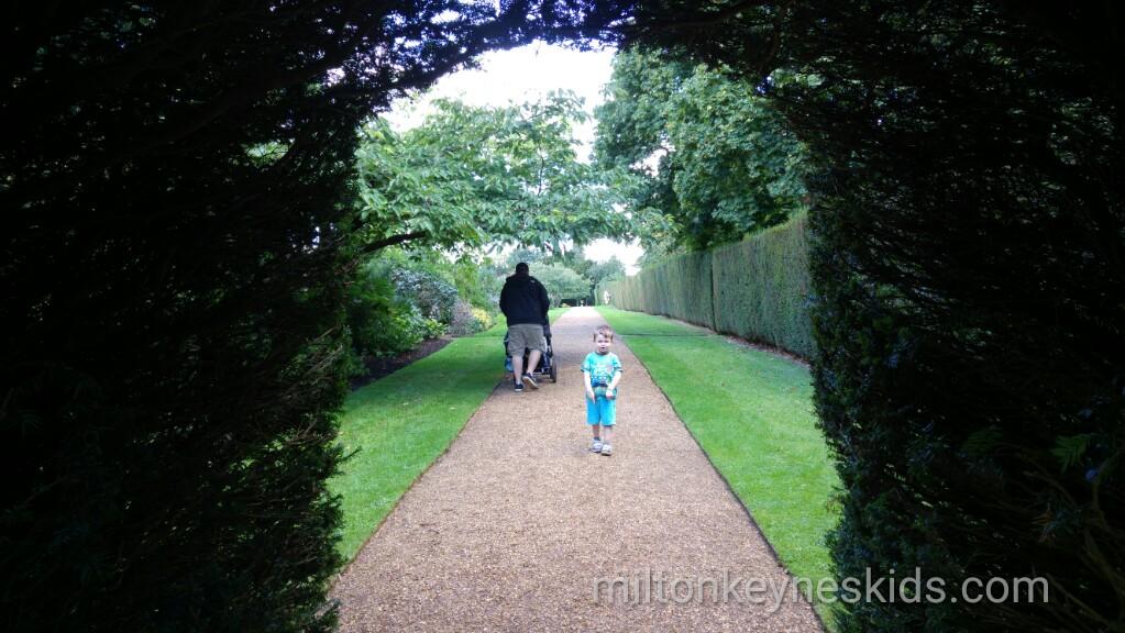 Castle Ashby Gardens