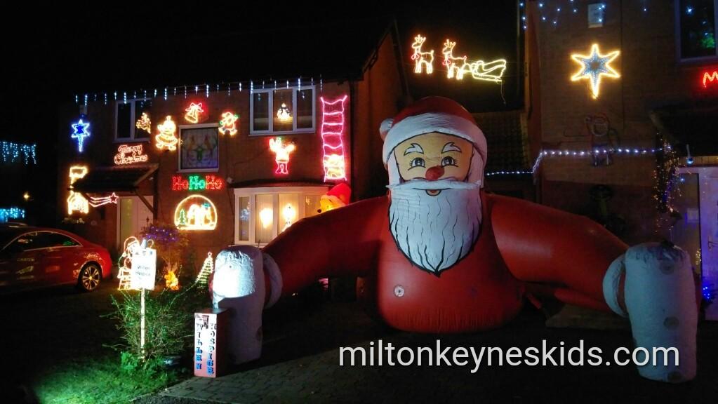 Summerhayes Christmas Lights 2016 raise £11k for Willen Hospice Milton Keynes