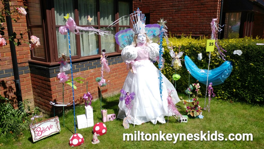 Loughton Scarecrow Trail in Milton Keynes 10th-17th June 2017