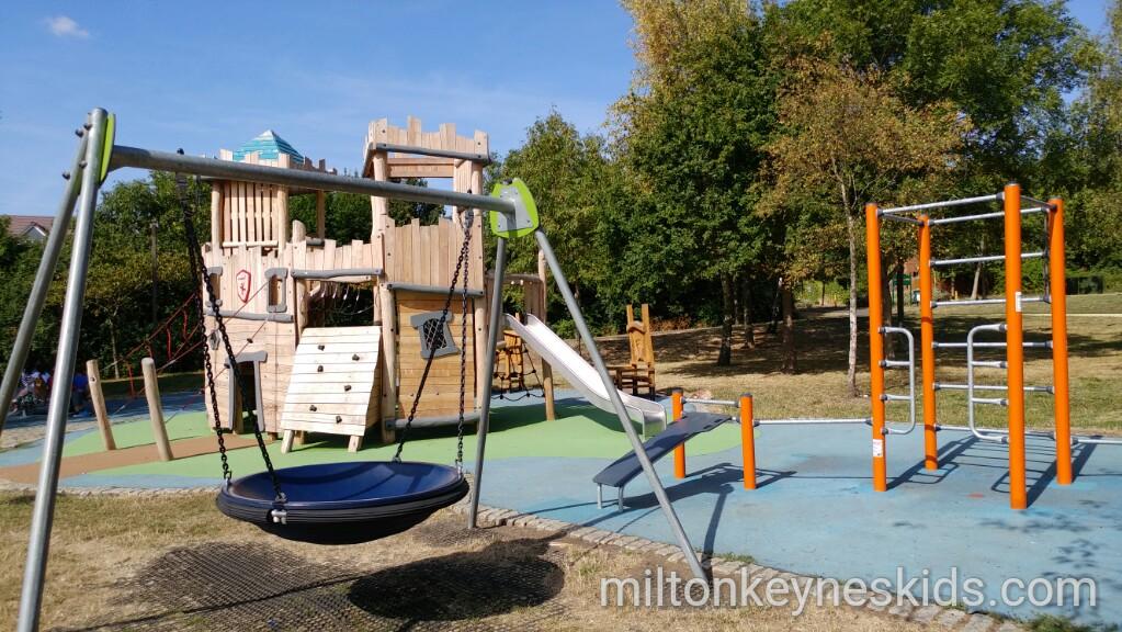 Shenley Brook End park