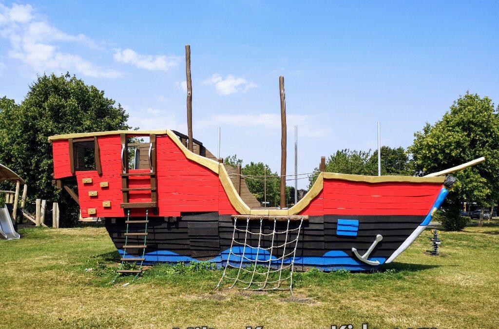 Pirate ship park, Fishermead, Milton Keynes review
